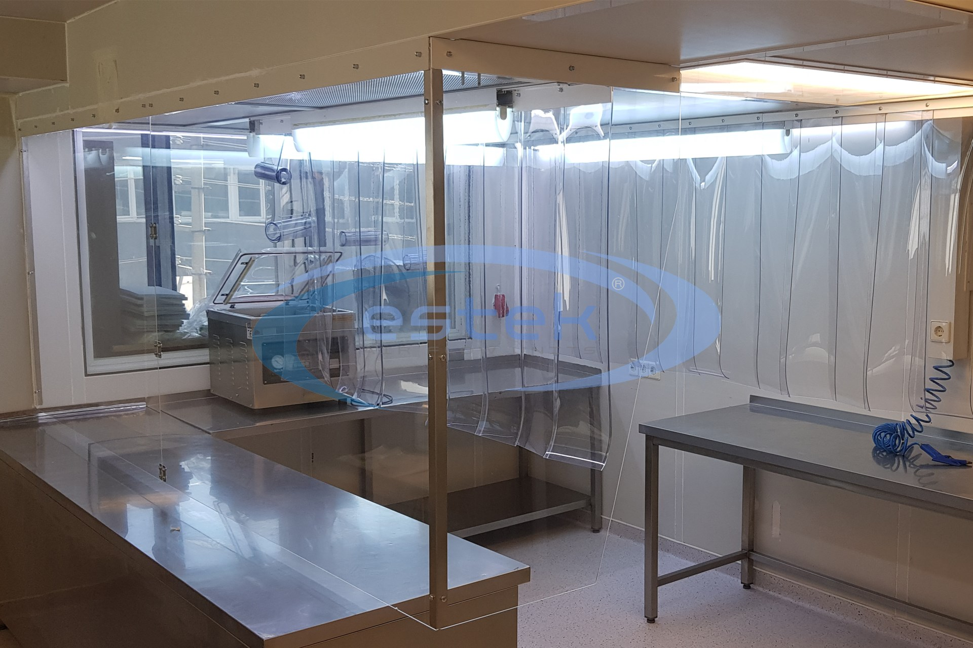 Plexiglass ve PVC Şerit perde